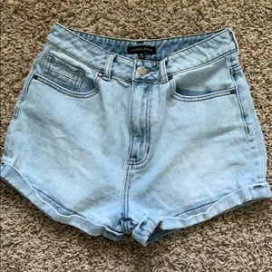 Kendall & Kylie Mom Shorts